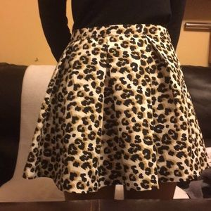 Leopards Print Short Skirt Black Cream Camel